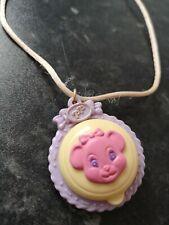 Clásico Polly Bolsillo Pixie En Sus Collar Figurilla Con Rosa Cierre 1991 Muñecas Y Accesorios Muñecas Modelo Y Accesorios
