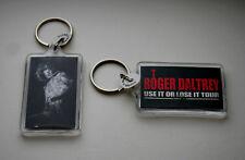 2 Vintage Roger Daltrey Lose it Use Concert Tour Plastic Key Chain 2009 New Nos