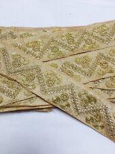 Ajuste del cordón del bordado indio atractivo patrón floral-Vendido Por Metro