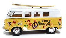 Kinsmart Volkswagen Classical Bus 1962 Surfboard 1:32 Diecast Model Bus Yellow