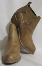 NEW Womens Ladies NOT RATED Beige Western Style Short Boots Booties Heels 7