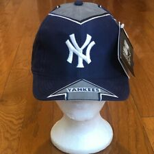 Brand New With Tags Vintage Starter New York Yankees Arrow SnapBack