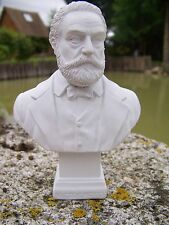 RE0168    FIGURINE STATUETTE REPRODUCTION  BUSTE STYLE ALBATRE VICTOR HUGO