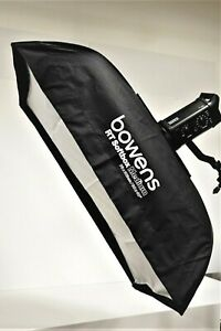 "Bowens BW-0117 Softbox 30""x 40""/76cm x 102cm, Slim Design"