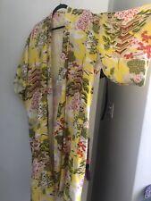 Vintage long Japanese Kimono Yellow Pagoda Print