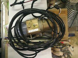 Compresseur et vérins hydraulique et flexible pour capote électriques de golf 1