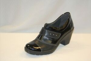 Spring Step Intuitive Women's Black on Black Patent Leather Shootie size 37