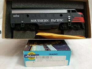 ATHEARN BLUE BOX #3009 HO SOUTHERN PACIFIC F-7A #6352 - DUMMY - NEW in the BOX
