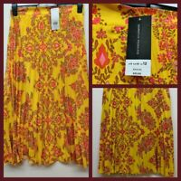 NEW Ex Dorothy Perkins Ladies Yellow floral Pleated Summer Skirt Size 8 - 20