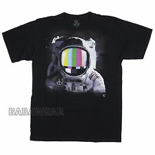 New listing Astronaut Size Medium T-Shirt Floating In Space Peace Usa American Flag Suit Tee