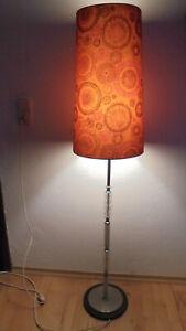 Lampe,Stehlampe,Stoffschirm,Muster,60er/70erJahre,Dessign,Vintage,antik,Erbe