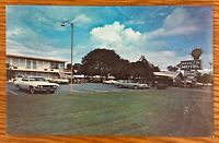 MARIETTA GEORGIA QUALITY INN MARIETTA MOTEL VINTAGE CARS IN LOT POSTCARD J92