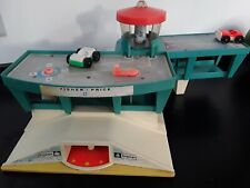 Vintage Fisher Price-Little Peoples Airport Terminal Garage 1972