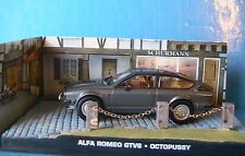 DIORAMA ALFA ROMEO GTV6 OCTOPUSSY JAMES BOND 007 1/43 UNIVERSAL HOBBIES ATLAS