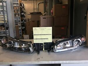 BRAND NEW! Genuine OEM JDM Nissan Silvia S15 LH AND RH Halogen Headlight Lights!