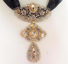 17th Century 14k Gold Table Cut Diamond Croix Papillon ou à La Jeannette Pendant