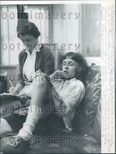 1958 Pittsburgh Woman Participates in Talkathon Fayetteville NC Press Photo