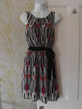 New Look Round Neck Geometric Sleeveless Dresses for Women