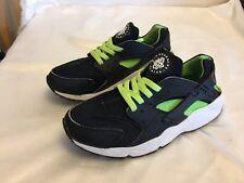 *** Nike Huarache By Nike Black / Green Trainers SIZE UK 5   EUR 38.5   **