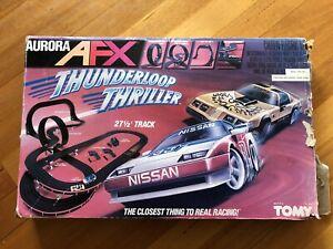 Tomy Aurora AFX Slot Car Set Thunderloop Thriller. Jaguar Nissan Cars need fix