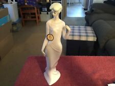 Reflections By Royal Doulton 1988 Debutante Hn3188 Figurine