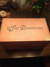 La Flor Dominicana Factory Cigar box Press Collectable