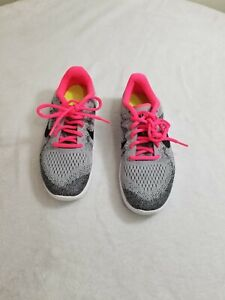 Nike Free  Running Kids Shoes Youth 3.5 / Women's 5.5 gray