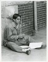 TONY DANZA SITS ON SIDEWALK DOING LIFE ORIGINAL 1986 NBC TV PHOTO