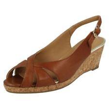 Zapatos de tacón de mujer plataformas de color principal marrón Talla 37.5