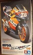 Tamiya 1/12 14106 Repsol Honda RC211V 2006 - Read Description