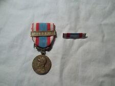Médaille commémorative guerre d'Algérie plus barrette d'uniforme