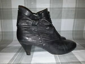 CLARKS Black Leather Ruched Bow Dark Academia Ankle Boots UK 7D EU 40 USA 10