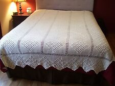 VTG Antique Bedspread Coverlet Crochet Bed Cover Handmade Diamond Tablecloth !!