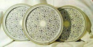 Set of 3 Round Venetian Metal Platters Gold/White Intricate Design