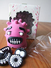 2006 Yum Factory Attaboy Chris Paul/Danelle Vierkant Pink Flocked/Fuzzy Axtrx