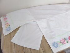Pottery Barn Kids Crib Bedskirt Pleated White Floral Embroidery Split Corners