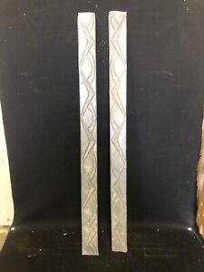 "Pr 30"" Metal Pediments"