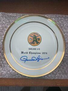 Vintage Oakland A's 1974 World Series Plate Rollie Fingers Signed Auto JSA COA