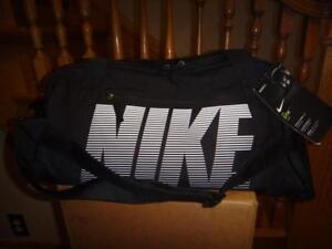 NIKE BA5490 GYM CLUB SMALL DUFFEL BAG SOCCER BASEBALL CARRY ON TRAVEL NWT