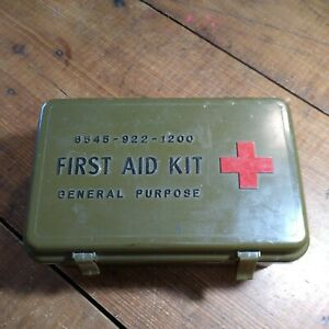 U.S. MILITARY ISSUE FIRST AID KIT GENERAL PURPOSE DATED 1971 COMPLETE