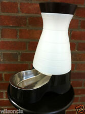 PetSafe Dog and Cat Food Station with Stainless Steel Bowl, Medium / Black