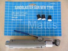 Squeeze Type Sand Blast Gun with 4 Ceramic Nozzles for Grit Blast Pot. Sandblast