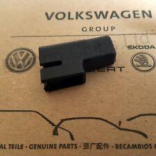 NEW GENUINE VW T5 T5.1 T6 Caravelle Diesel Fuel Filler Flap Plastic Cap Catch