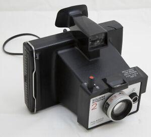 Polaroid Square Shooter 2 vintage instant camera