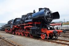 PHOTO  GERMAN RAILWAY -  DRB CLASS 52 NO 52 8195 'MITTELFRANKEN' WITH 2'2'T30 V2