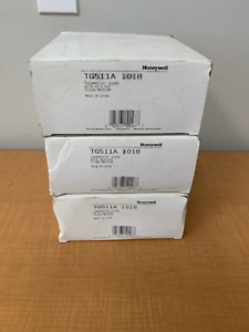 Honeywell TG511A 1018 Thermostat Guard w/ Key Lock / Clear Ring Base (LOT of 3)