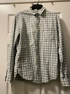 J Crew Blue & Creame Check Long Sleeve Button front one pocket shirt M