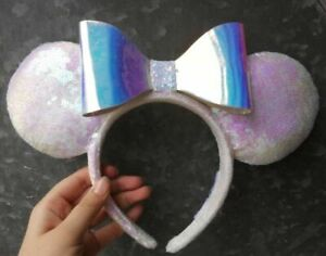 2021 Disney Parks Minnie Mouse White Iridescent Sequin and Bow Ears Headband
