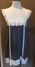 CECICO L SLEEVELESS BLOUSE TUNIC BOHO CHIC 100% COTTON GRAY W CREAM LACE PRETTY!