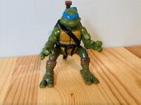 TMNT Jumping Teenage Mutant Ninja Turtle Action Leonardo 2004 Action Figure